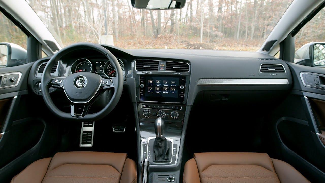 VW Golf AllTrack 4×4 Patrol , Transmission: AUTOMATIC